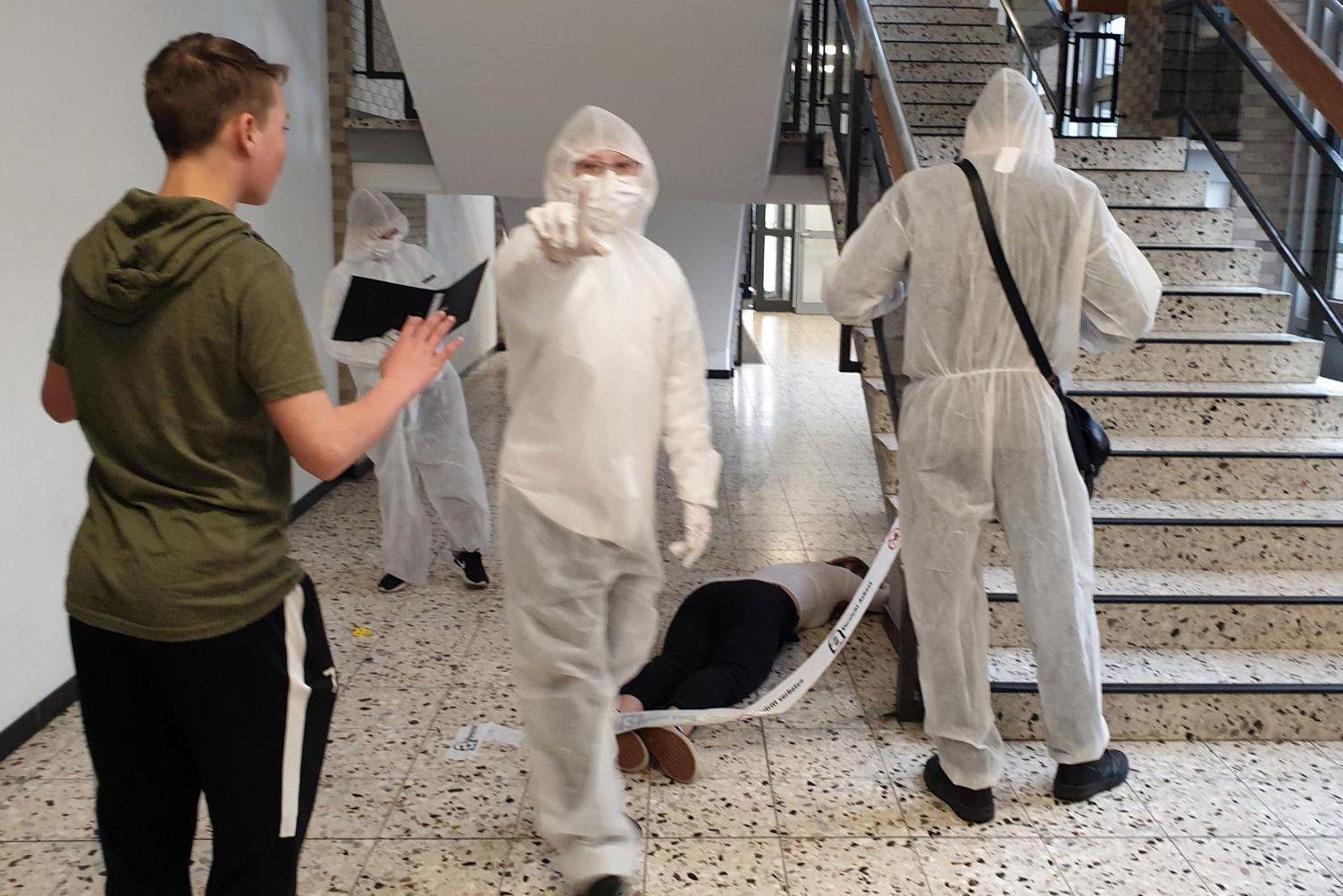 Kriminacht der SV: Fünftklässler lösen spannenden Mordfall !!