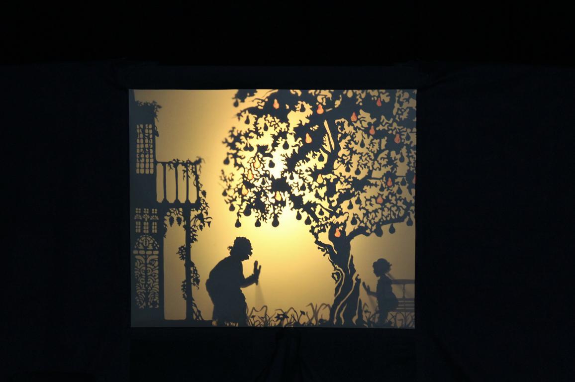 You are currently viewing Friedrich Raad mit seinem Schattentheater zu Gast an der ASRS