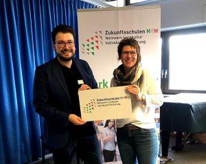 """Die Albert-Schweitzer-Realschule erhält den Titel """"Zukunftsschule NRW""""!!"""