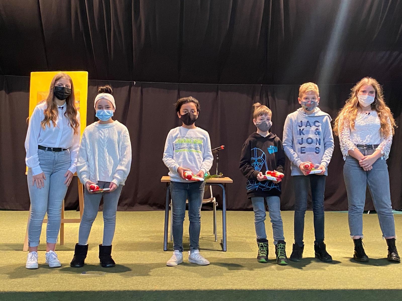 Kenneth Ruß aus der Klasse 6b gewinnt den Vorlesewettbewerb der ASRS!