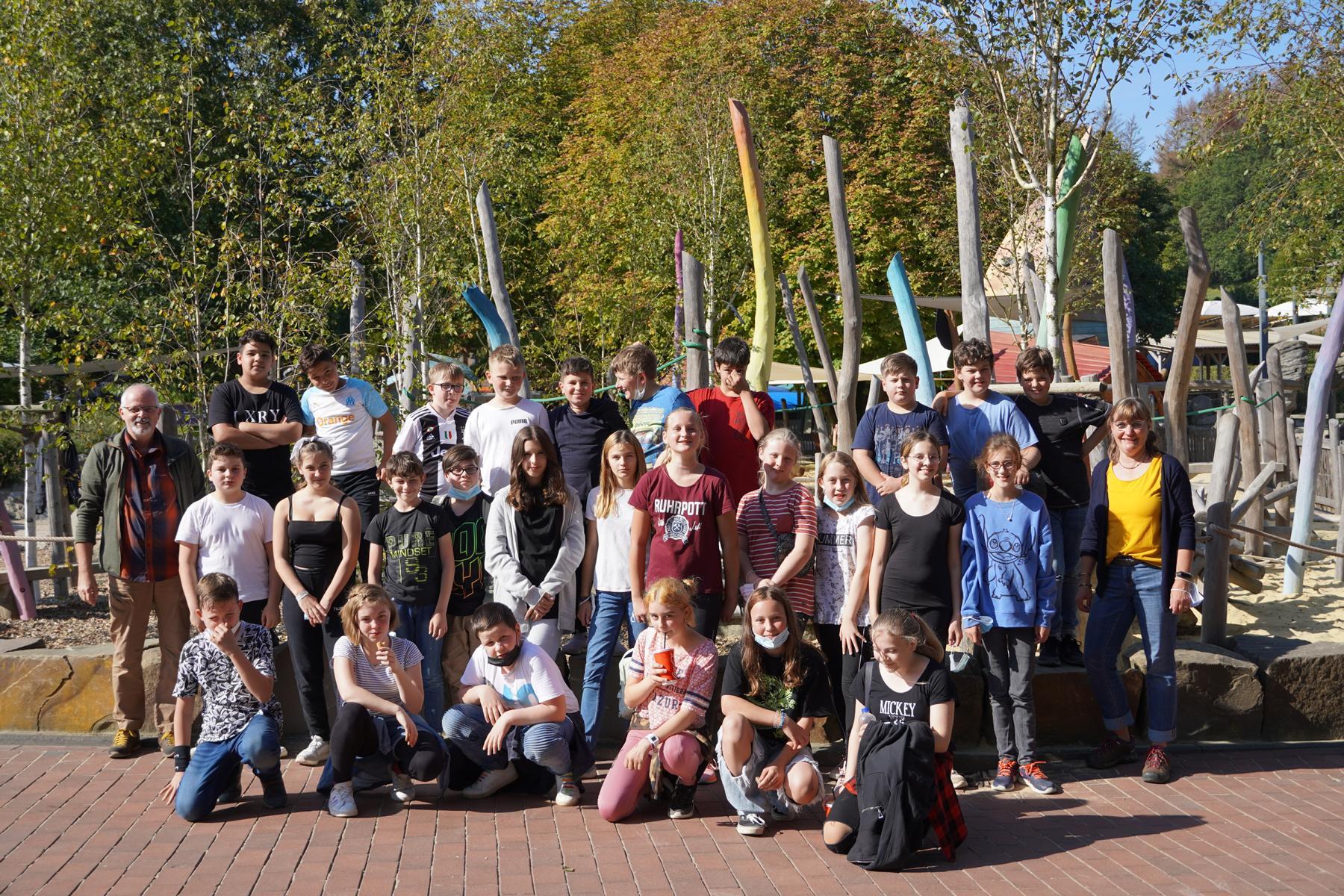 You are currently viewing 130 Schülerinnen und Schüler der Jahrgangsstufe 6 begeben sich auf einen Tagesausflug zum Ketteler Hof!